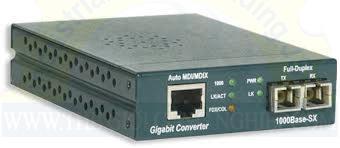 Gigabit Ethernet Media Converter, 1000BASE-SX, SC, MM PEL-MC-1GB-MMSC-US-240V AMP